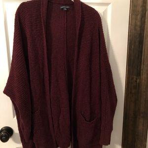 L/XL burgundy knit sweater fits oversized